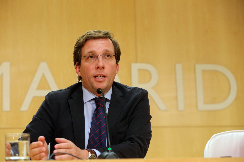 Almeida defiende la política de inspección de VTCs del Ayuntamiento