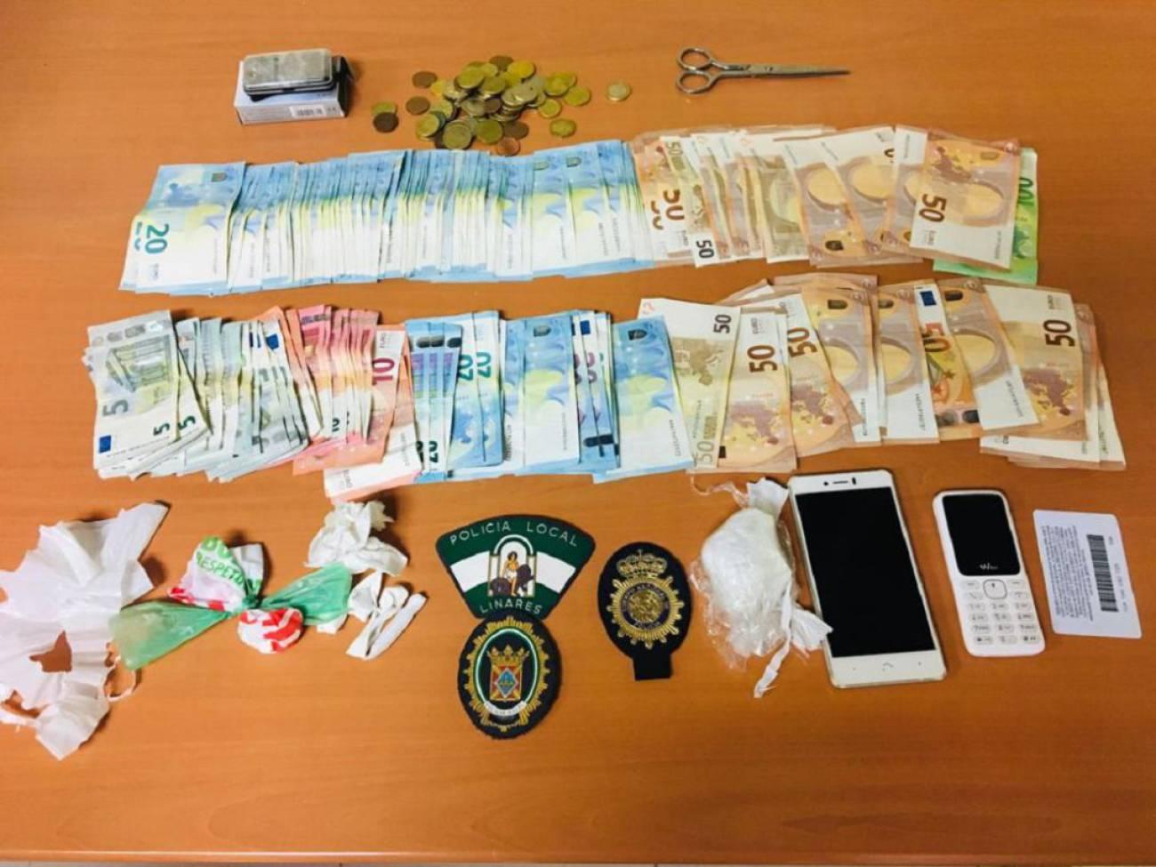 Detenido tras dejar en un taxi bolsas con cocaína y 4.000 euros