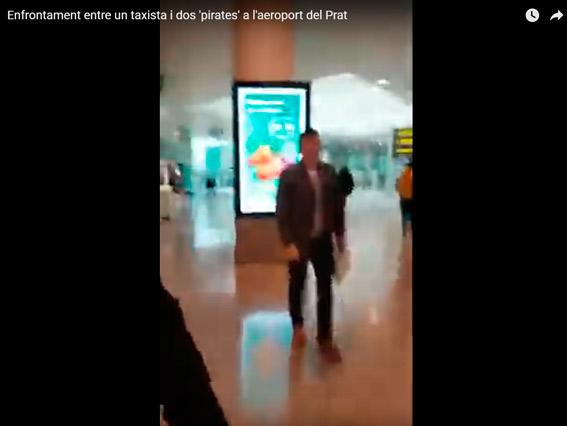 """Taxista agredido por un """"pirata"""" en Barcelona"""