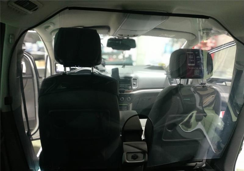 Los taxis de Free Now llevarán pantallas protectoras