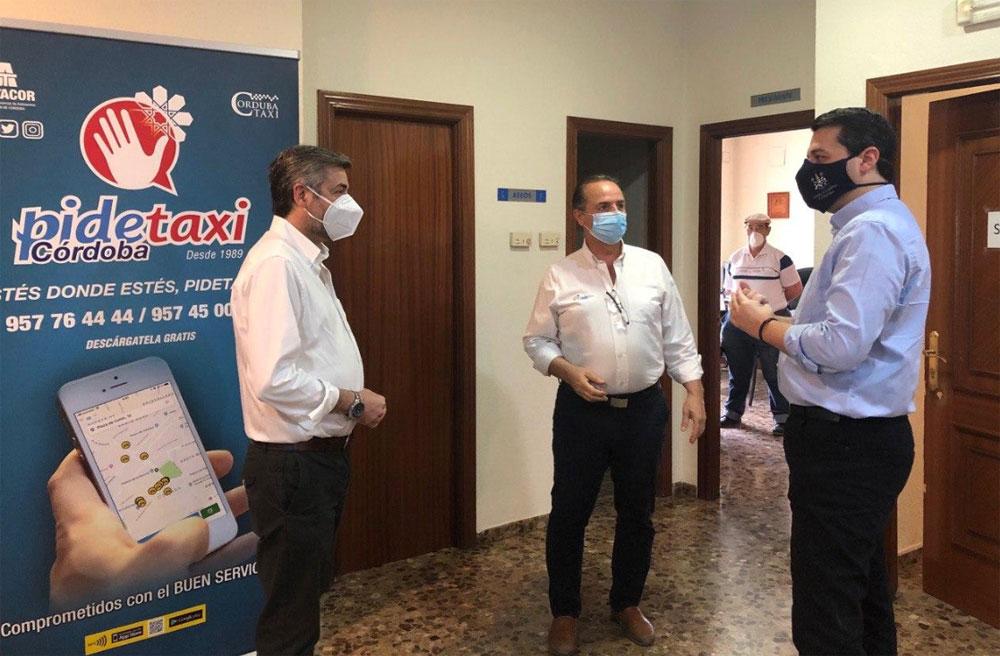 El Ayuntamiento de Córdoba anuncia ayudas para el taxi