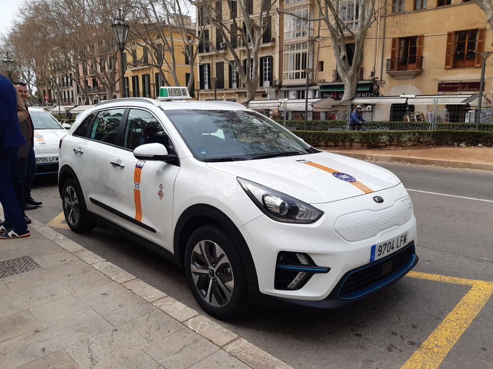 119 taxis dan servicio de Transporte a la Demanda en Palma