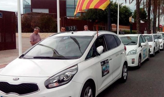 El taxi valenciano tendrá un día más de descanso