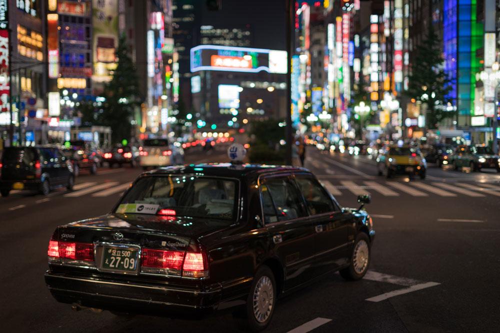Tradición y futuro a bordo del taxi de Japón