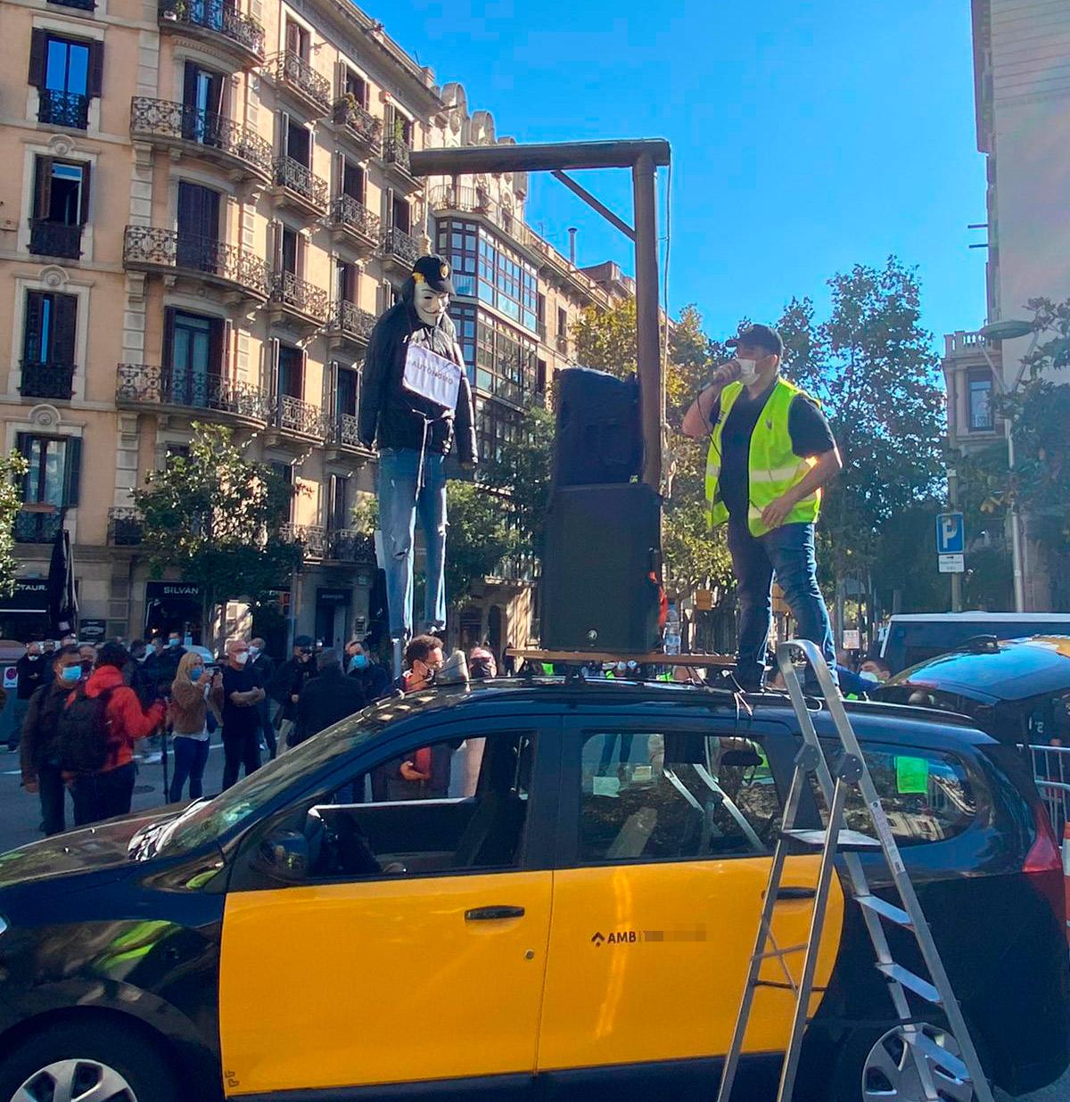 Élite taxi continúa las protestas en Barcelona