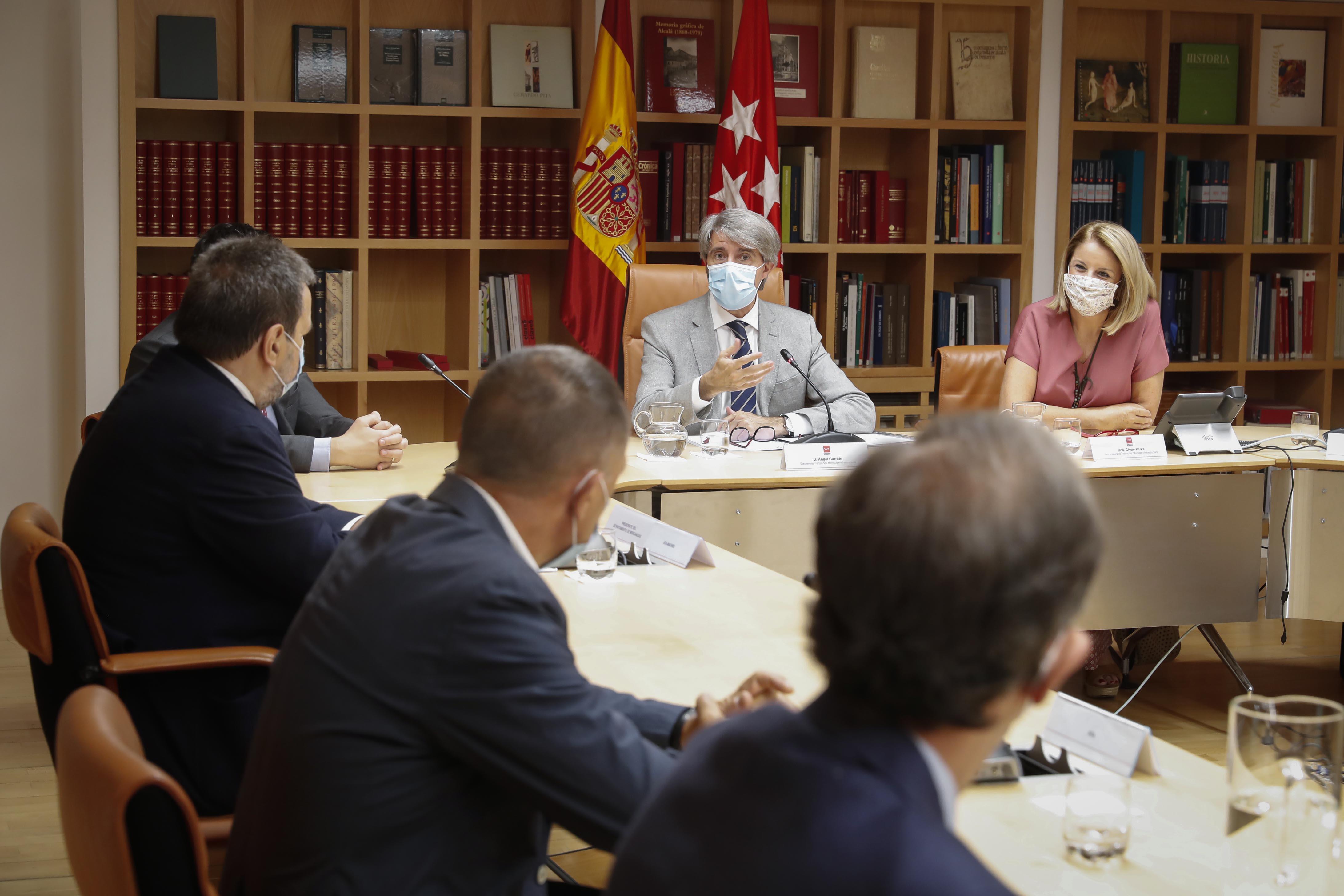 El cese de Garrido deja en el aire la regulación de las VTCs