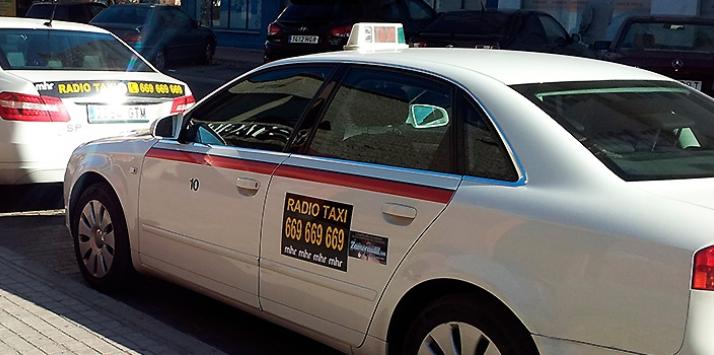 Piratean el teléfono de Radio Taxi Zamora
