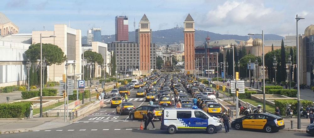 El taxi de Barcelona vuelve a echarse a las calles