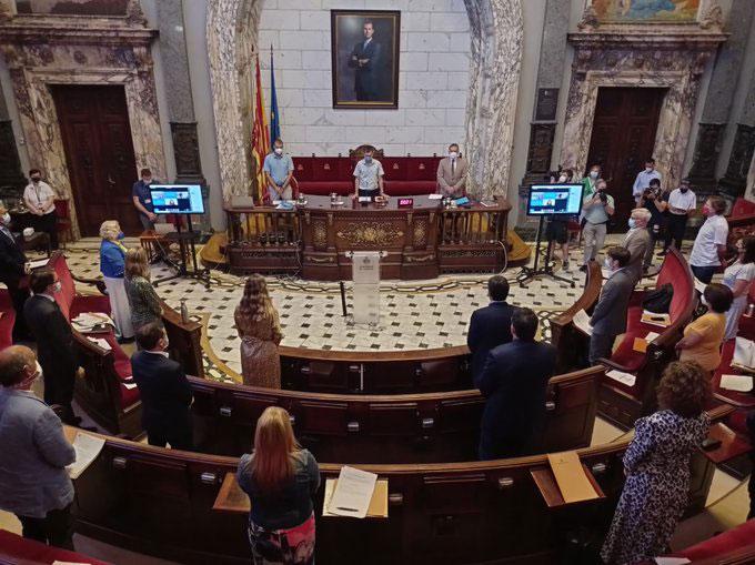 Valencia aprueba la precontratación de las VTCs