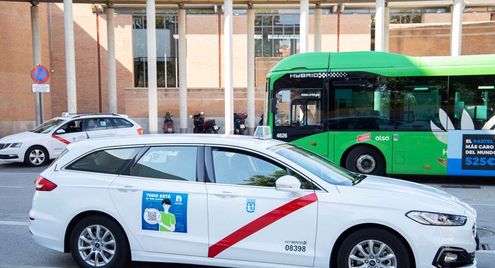 Los taxistas muestran su apoyo el comercio de proximidad